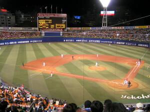 横浜スタジアム試合風景