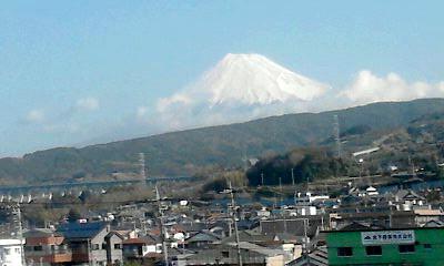車窓から見る富士山